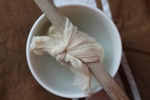 Draining yogurt