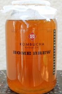 Brewing kombucha